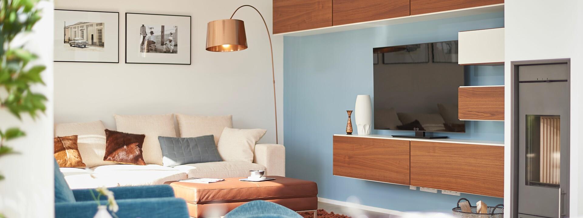 wohnzimmer in einem fertighaus von hanse haus
