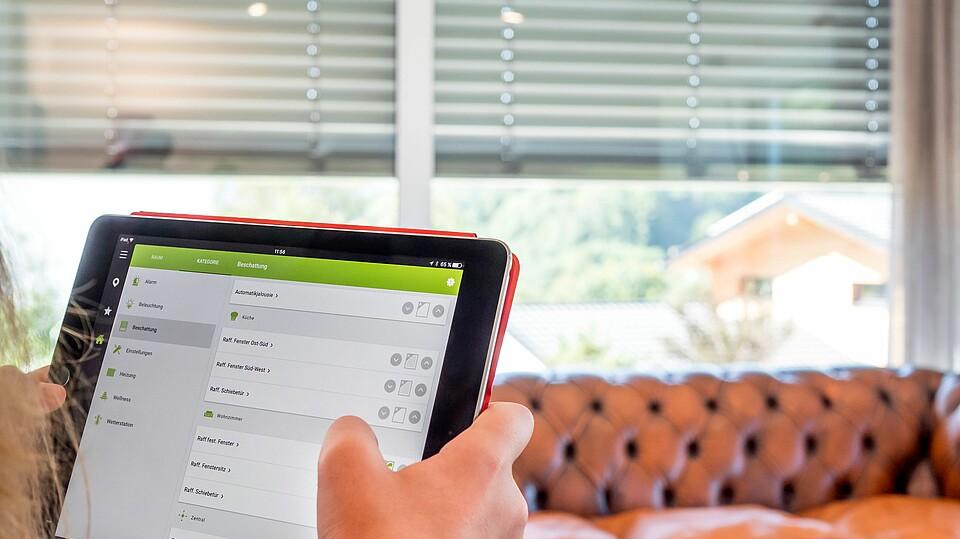 smart home anbieter multimedia profi hanse haus fertighaus. Black Bedroom Furniture Sets. Home Design Ideas